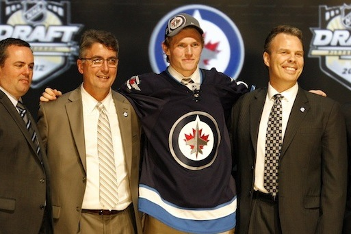 Jacob Trouba Signs Entry-Level Contract with Winnipeg Jets