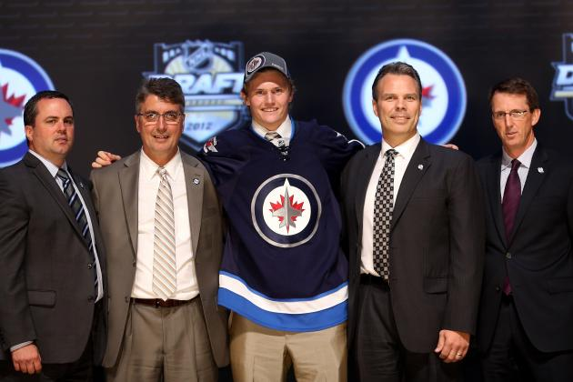 Winnipeg Jets Sign Jacob Trouba, Lose 5-2 to the New York Islanders