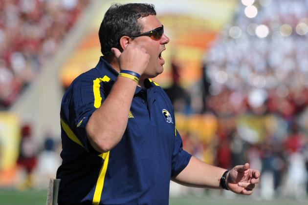 Hoke Says He's Not Concerned by Spike in Knee Injuries