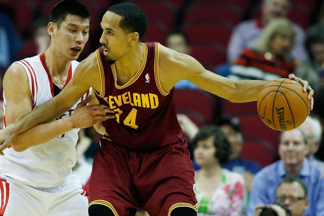 Cavs' Livingston Sympathetic to Ware's Injury