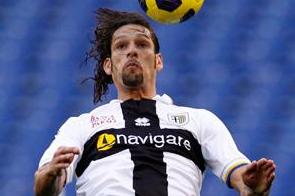 Amauri Considers Parma Renewal
