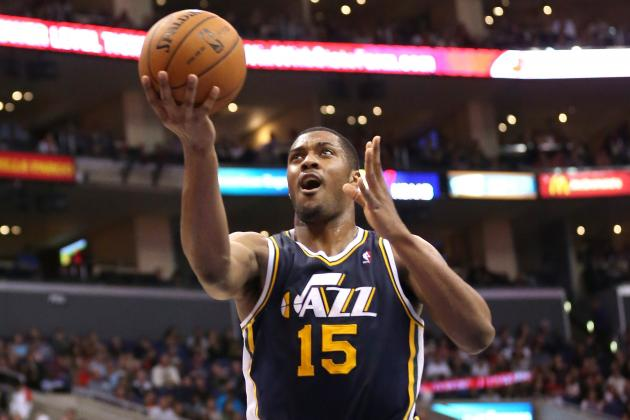 Utah Jazz: Favors Tutoring Jefferson on Defense