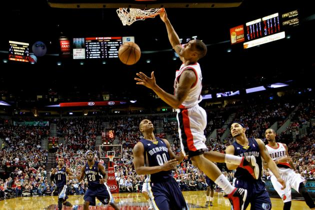 With Greg Oden on Hand and Rookies Taking a Leading Role, Blazers Entertain