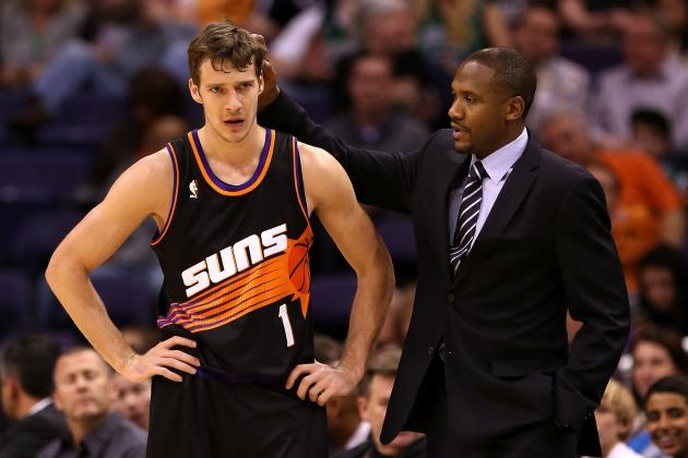 Lindsey Hunter Sheds Light on Sitting Goran Dragic