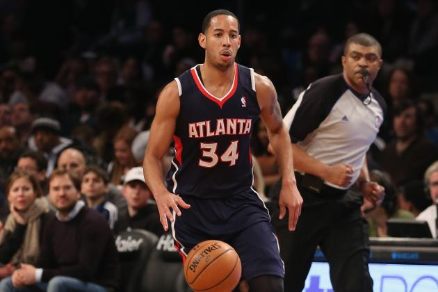Hawks' Harris in New York for Treatment on Ailing Foot