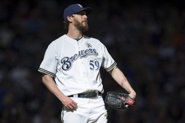 Brewers Sticking with Closer John Axford After Rough Start