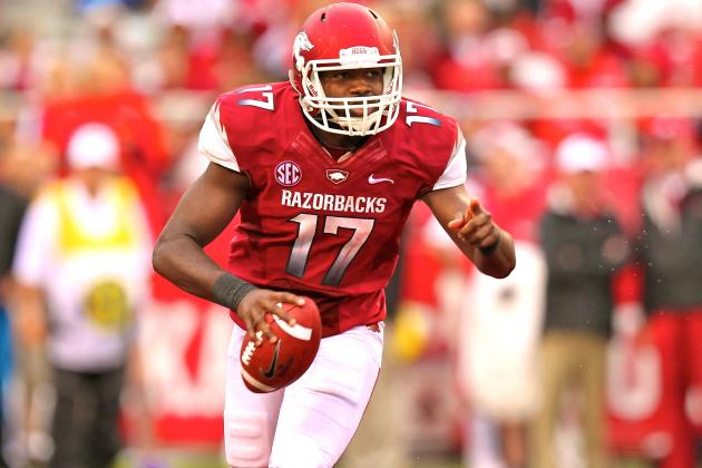SEC Football Q&A: Who Will Win the Arkansas Quarterback Battle?