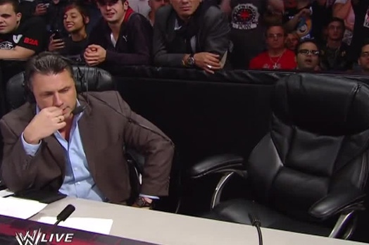 Michael Cole Recounts the Events on the Night of Jerry Lawler's Heart Attack