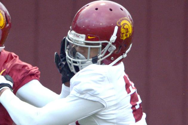 Another Knee Injury for USC: Su'a Cravens Has Torn Meniscus