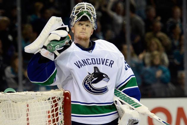 Schneider Perfect in Canucks Win over Oilers