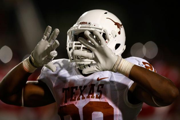 Texas Longhorns RBs Working on Pass Protection