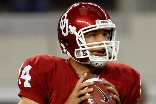 Former Oklahoma QB Sam Bradford Teaches Peruvians the 'Horns Down' Signal