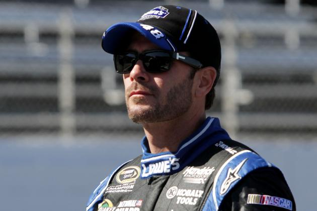 Jimmie Johnson Wins Pole as He Goes for Eighth Win at Martinsville