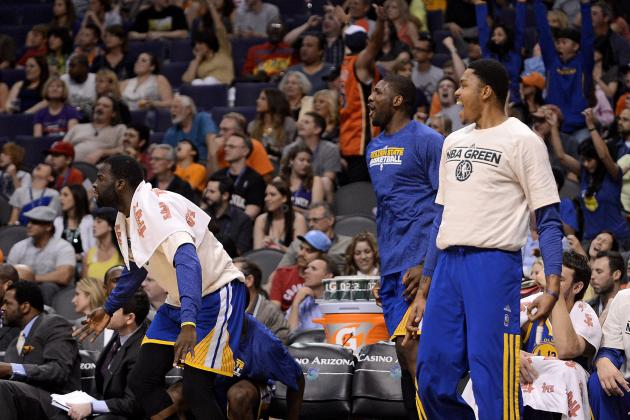 Warriors Hold off Lowly Phoenix Suns, Inch Closer to Playoff Berth