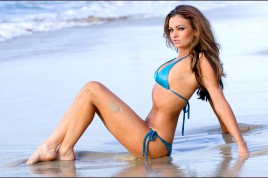 Former WWE Diva Claims She Wants to Return, Discusses Potential WM 29 Match