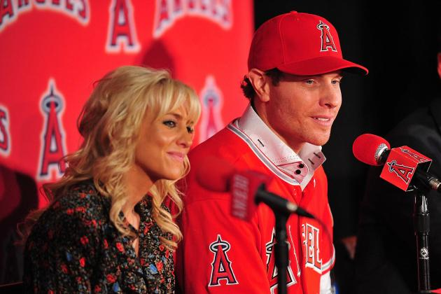 Josh Hamilton's Wife Had to Call Security in Star's Return to Arlington