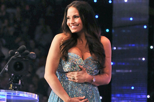 Trish Stratus Reveals Pregnancy During WWE Hall of Fame Induction Ceremony
