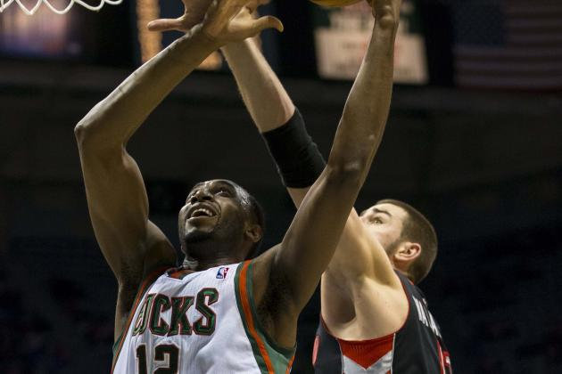 Bucks Rout Raptors to Clinch Final Playoff Spot in East