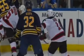Video: 6-Foot-8 John Scott Takes Run at 5-Foot-7 Stephen Gionta