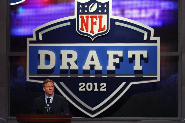 What Should the Minnesota Vikings' Pick Be at No. 25?
