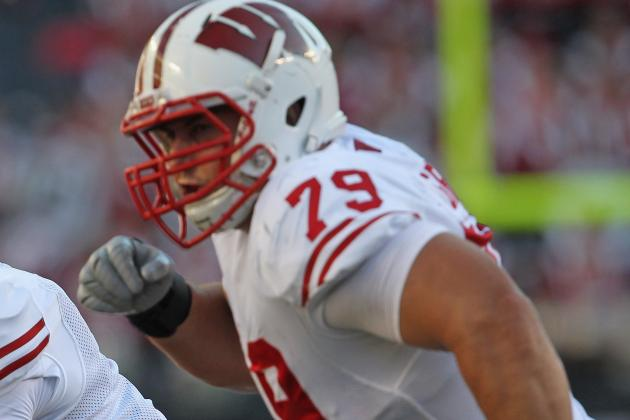 Wisconsin's Ryan Groy Practices at Left Tackle