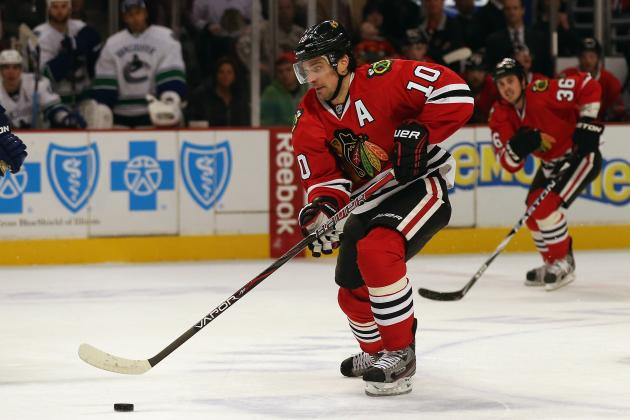 Chicago Blackhawks: Patrick Sharp Set to Return...How About at Center?