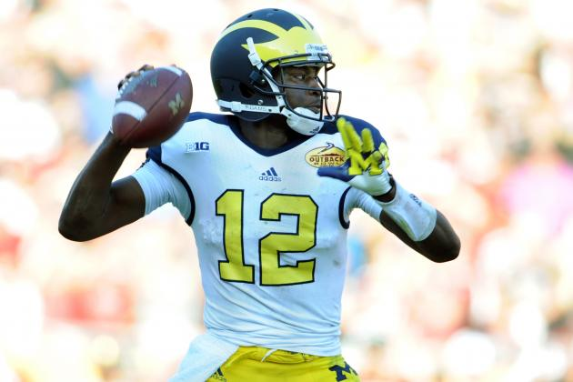 Analyzing Differences Between Michigan QBs Devin Gardner and Denard Robinson