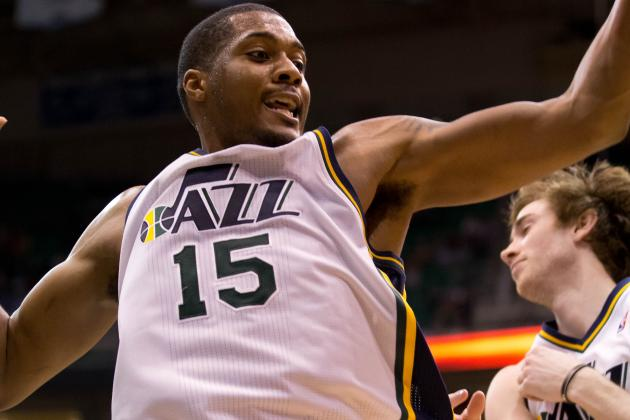 Derrick Favors Finding Groove as Jazz Push to Make Playoffs