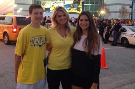 Kate Upton Is Rooting for Michigan at the NCAA Championship Game