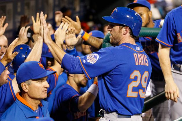 Mets rough up Halladay, cruise past Phillies