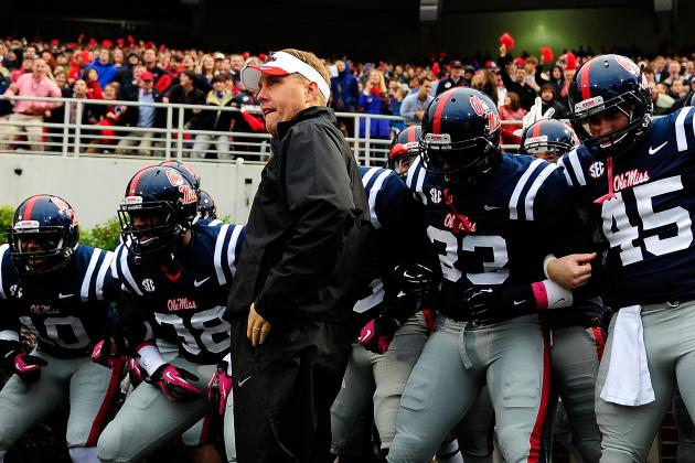 Rebels Work out Monday in Preparation for Grove Bowl