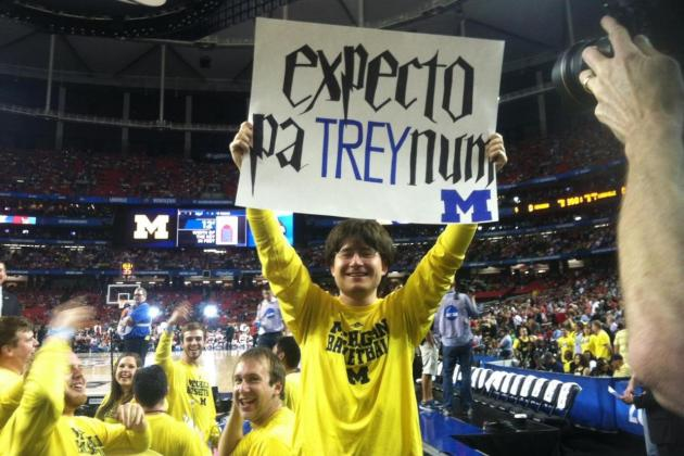 Michigan Basketball: Harry Potter Clone's Funny Sign (PHOTO)