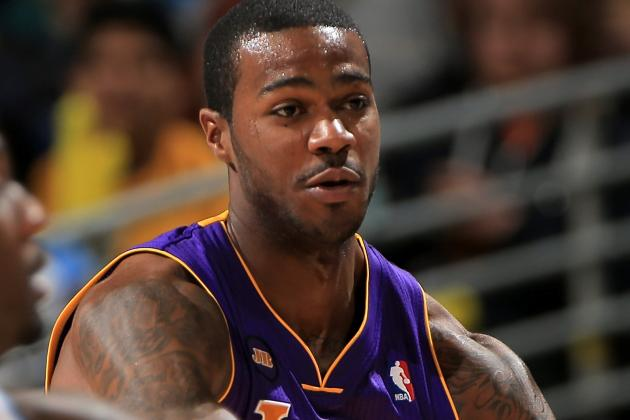 Lakers News: Earl Clark Involved in Car Accident Tuesday