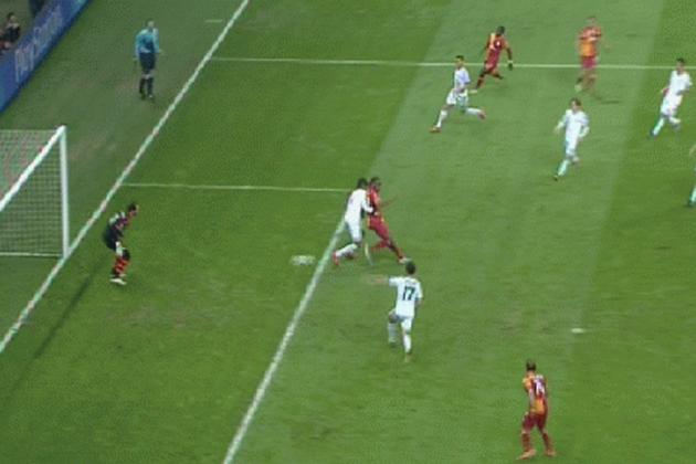 Drogba Nets Sweet Back-Heel Goal