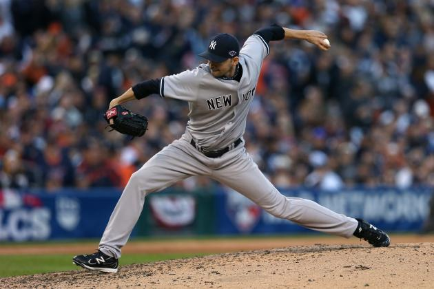 Yankees Re-Sign LHP Rapada to Minor-League Deal