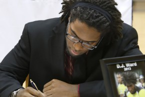NCAA Rules Freshman Defensive End D.J. Ward Eligible to Practice