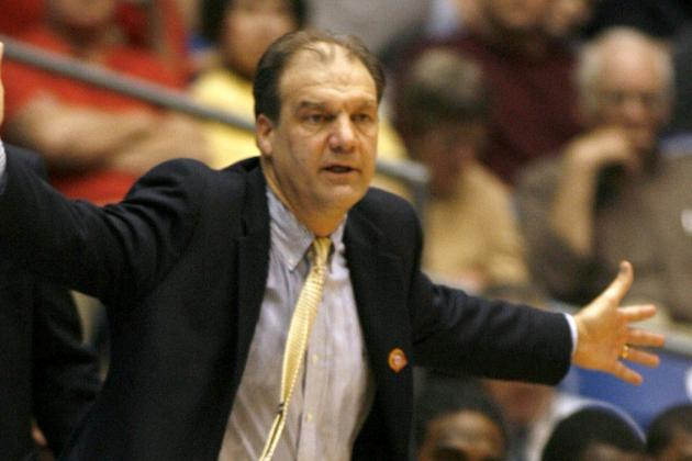 Hofstra to Name Mihalich as HC