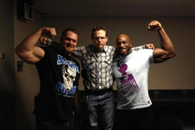 Washington Redskins' DE Adam Carriker's Love for the WWE Gains in Popularity