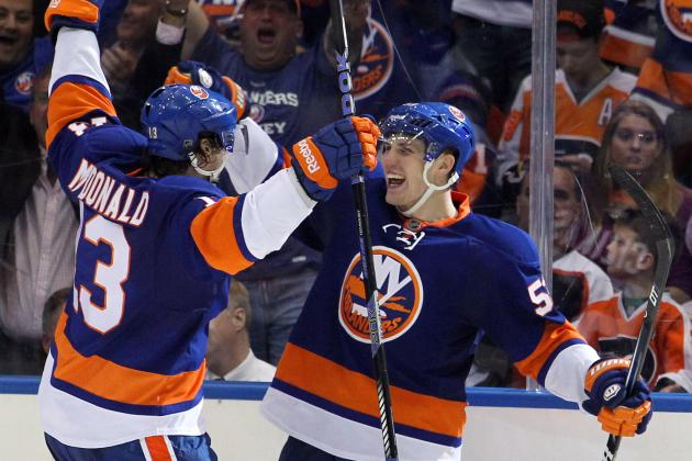 Nabokov Backstops Islanders to Win Against Flyers