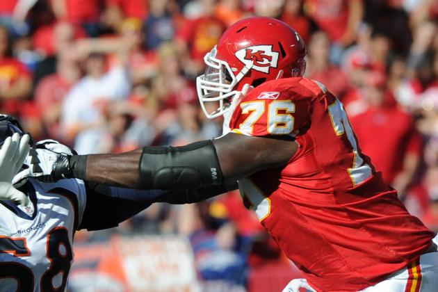 What in the World Are the Kansas City Chiefs Doing with Branden Albert?