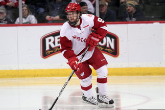 Hurricanes Agree to Terms with Brendan Woods