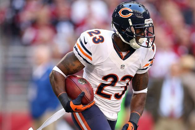Debate: Are Bears Right to Leave Hester Out of Pass Game?