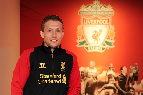 Lucas Signs New Reds Deal
