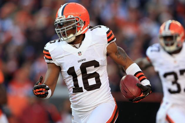 With Edelman off Market, New York Giants Could Rekindle Interest in Cribbs