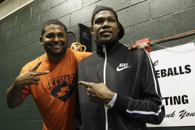 OKC Thunder: Kevin Durant Pays Visit to San Francisco Giants Game