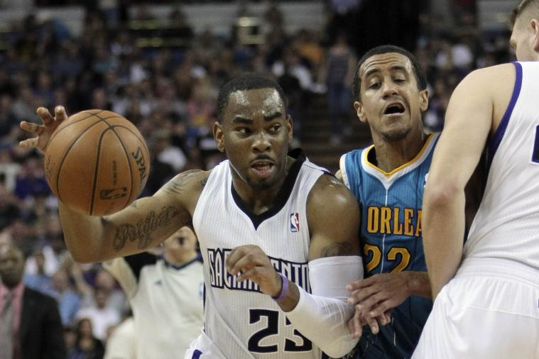 Kings Beat Hornets to End 5-Game Home Skid