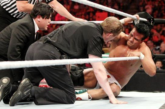 Why WWE Is Better off Without Alberto Del Rio as World Heavyweight Champion