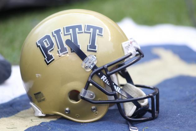 Pitt Redshirt Freshman Roberts Making Transition to Center