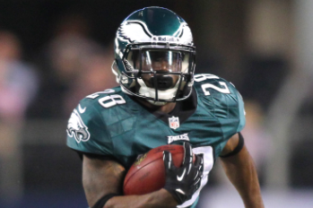 Philadelphia Eagles Trade Running Back Dion Lewis to Cleveland Browns