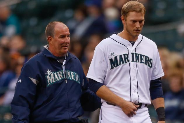 Michael Saunders Placed on Disabled List with Shoulder Sprain
